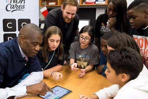 少儿编程遭质疑,国内与国外少儿编程教育发展全面对比