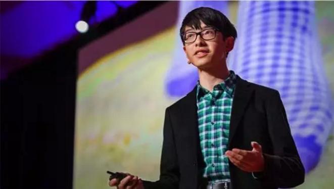 15岁少年自学编程,为老年痴呆症的爷爷做出最温暖发明!