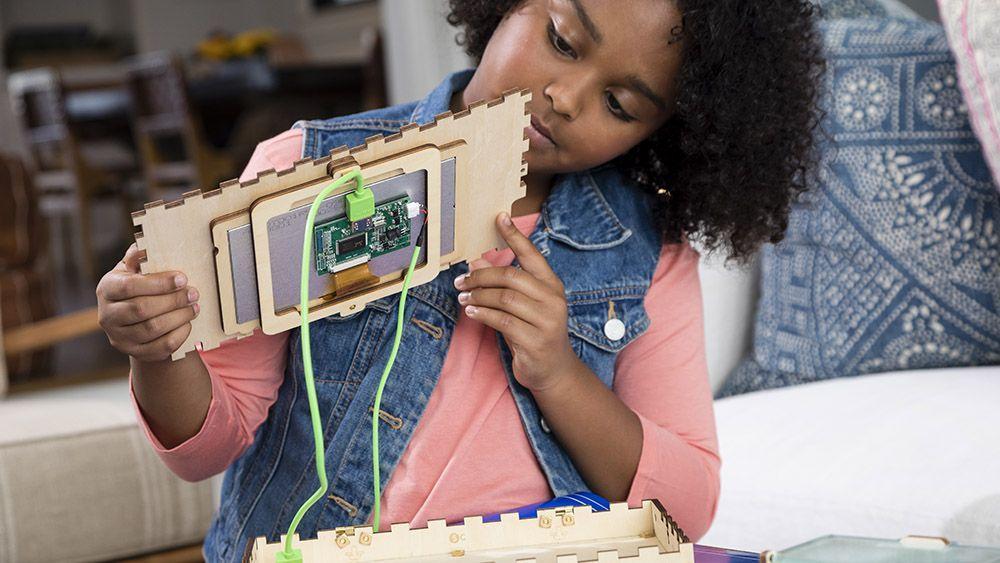 让孩子动手组装一部电脑!计算机教育神器Piper Computer测评