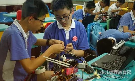 第18届省青少年机器人竞赛在广州市成功举行!