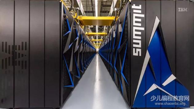 """美国战胜中国神威超级计算机,夺回全球超算""""霸主""""地位!"""