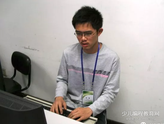 吴翼:乐观开朗的信息学逐梦男孩,人工智能学术界当红小生!-少儿编程教育网