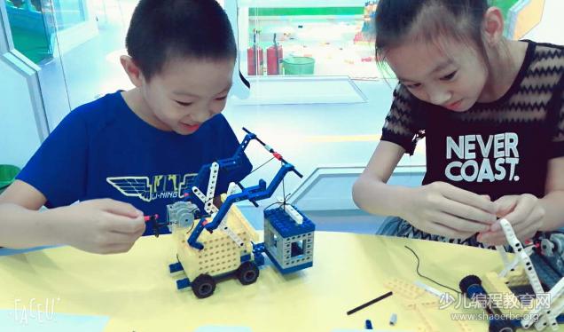 STEAM教育专题 | 帕皮科技培养孩子的终身发展能力