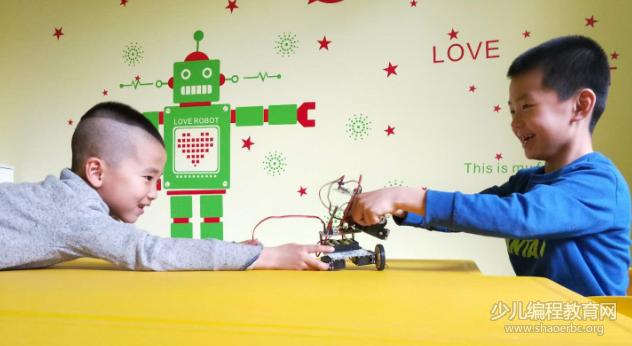 STEAM教育专题 | 瓦力工厂打造全国的青少年机器人编程教育