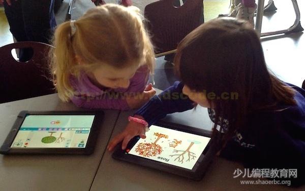 ScratchJr 更适合从小接触平板的孩子们